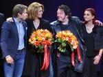 Familie Hazes bezoekt 500ste voorstelling 'Hij Gelooft In Mij'